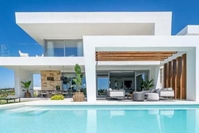Superbes villas contemporaines à Marbella.